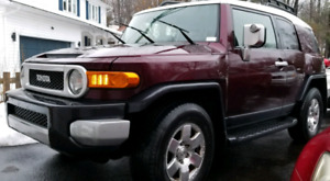 2007 TOYOTA FJ CRUISER 4x4 PRICED TO SELL OR TRADE