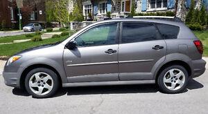 Excellent Pontiac Vibe 2004, Automatique, Unique Propriétaire,