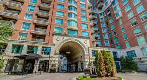 Yorkville - Luxury 1  bedroom furnished condo apartment