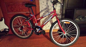 """Girls 24""""  Red SuperCycle"""