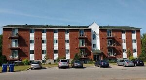 Large 4 1/2 For Rent - L'Île-Perrot -Move in Anytime