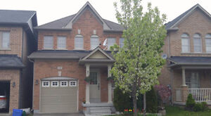 CHARMING DETACHED HOME IN MILTON