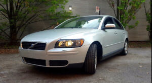 2007 Volvo S40 2.4i Manual FWD winter tires incl. 97k km nego