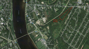 20-30 acres of land, 5-7 minutes from downtown Fredericton