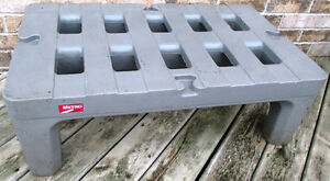 """Used Metro HP2236PD 36""""x22""""x12"""" Dunnage Rack with Cap. 1500lb. Stratford Kitchener Area image 4"""