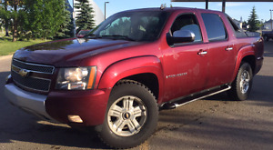 2008 CHEVROLET AVALANCHE 4x4 Z71 = LEATHER• TV/DVD • MOVING SALE