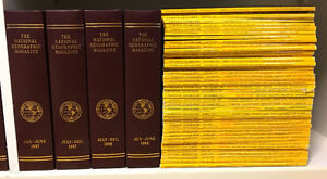 National Geographic magazines-approx. 200 mag./ 24 leather cases