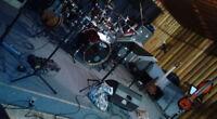 Musiciens cherche local pour pratique