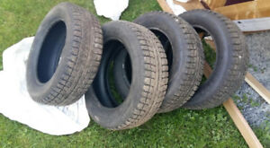 pneus d hivers 195/60/15