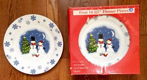 16 Porcelain Christmas Dinner Plates