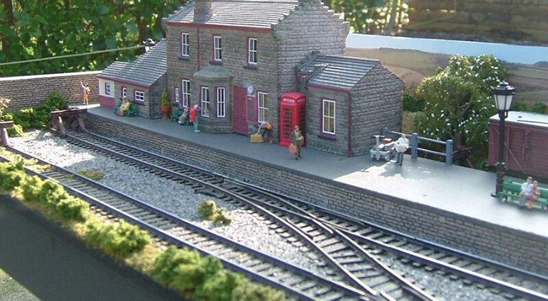 How to Restore 00 Gauge Railway Models