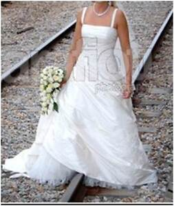 Wedding Dress and Hoop Marion Marion Area Preview