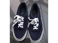 Vans style trainer/plimsolls navy S8