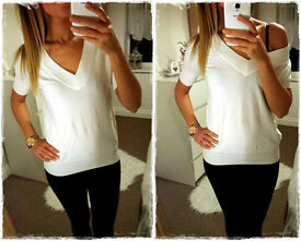 * New MANGO MNG White Top V Neck Knit XS/S *