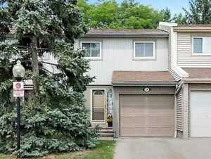 Beautiful 3BR Townhome Located In The Desirable Mississauga