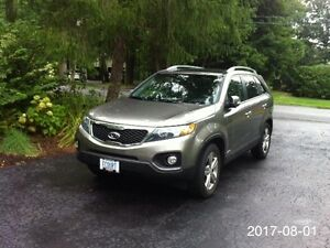 One owner 2013 Kia Sorento EX SUV, just 50000 km, accident free