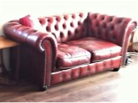 Chesterfield sofa / two-seater, oxblood red