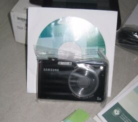 Samsung PL150 12MP Digital Compact Camera black only £65.