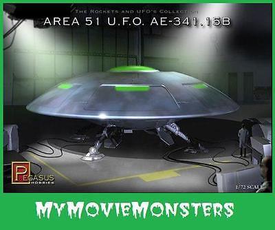 PEGASUS Area 51 UFO Martian Alien Flying Saucer Space Ship 1/72 scale model kit