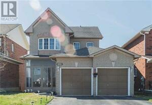 4 bdr house for rent in Newmarket. Great Offer!!!