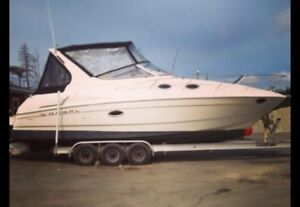 32 ft Regal 2860 Boat!!! Very clean