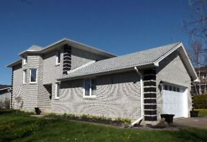 *** Beautiful Executive Home in Beausejour Estates, Dieppe ***
