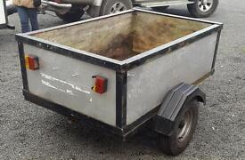Trailer 5ft by 3 1/2 ft