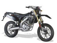 *MOTORCYCLE* 2017 Plate. Rieju MRT 125LC Pro SM Trophy. Warranty. Free Delivery. Main Dealer