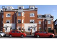 1 bed flat in town centre location newly decorated throughout. Close to station shops and beach