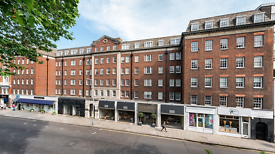 Studio flat in Fulham Road, LONDON, SW3