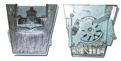 Big Oak 2 Inch Oak Capsule Vending Machine 50 Cent Coin Mechanism