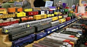 Apr. 23rd Woodstock Model Train Show - vendors buying