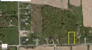1 Acre Fully Wooded Building Lot Seconds From Par 72 Golf