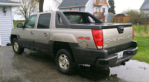 CHEVY AVALANCHE 4x4 FULL SIZE TRUCK VORTEC V8 5.3L - RUNS GREAT