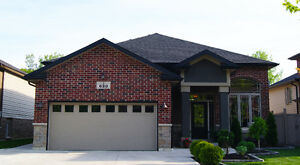 LOVELY HOME IN LASALLE!!