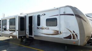 Sundance 322RES Trailer. A MUST SEE!