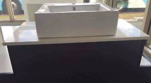 Brand New Wall Hung Vanity With Stone Top 900mm On Sale North Parramatta Parramatta Area Preview