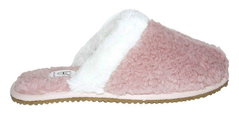 2d7103dfab69b Your-Guide-to-Womens-Indoor-Outdoor-Slippers-