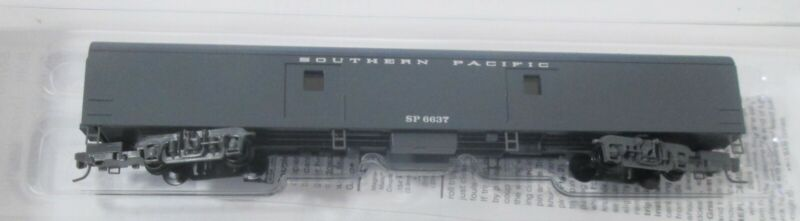 Micro Trains 553 00 075 Micro Trains Z scale Southern Pacific  Baggage Car #6637