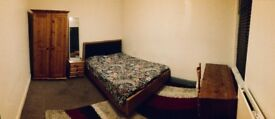 2 Large rooms for rent Southsea