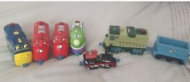 CHUGGINGTON TOY TRAIN SET WITH CARRYING BOX
