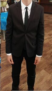 H&M Men's Suit, brand: The Weeknd, skinny fit, size 36R