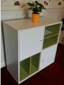 Amilia 1 White and Green chest with 2 doors and 2 compartments