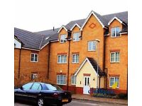 1 bedroom flat in Dunstable Road, Town