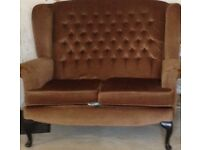 Two seater settee , cottage style, brown comfortable and good condition x2