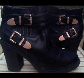 Women's Shoes / Boots