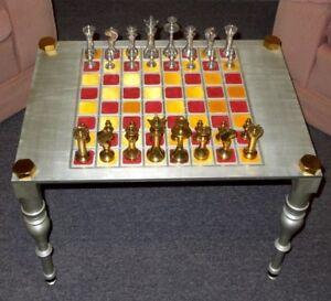 Jeux d'échecs sur pieds, unique