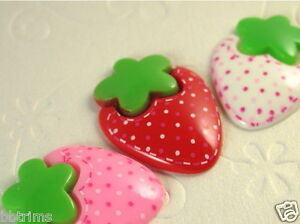 18 x Resin Polka Dots Strawberry Flatback Beads SB223