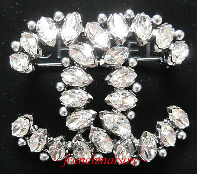 08054347376a AUTHENTIC CHANEL CC PIN BROOCH Silver Crystals Pearls 2017 FALL $880  SOLD-OUT