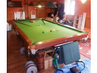 Snooker Table - 3/4 Size (10ft x 5ft) Genuine Slate Bed Mahogany Snooker Table